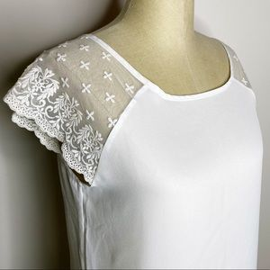Lavish   White Lace Sheer Sleeve Embroidered Top